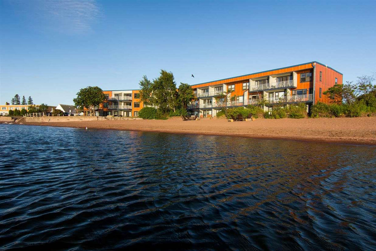East Bay Suites (Grand Marais)