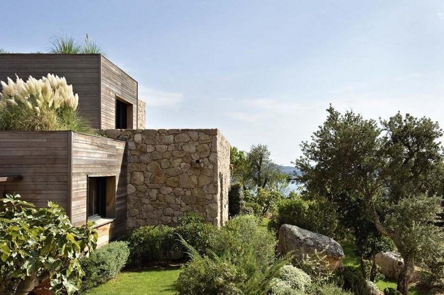 maison_contemporaine_bois_pierre_corse_porto_vecchio_architecte_architecture_villa_maison_moderne_individuelle