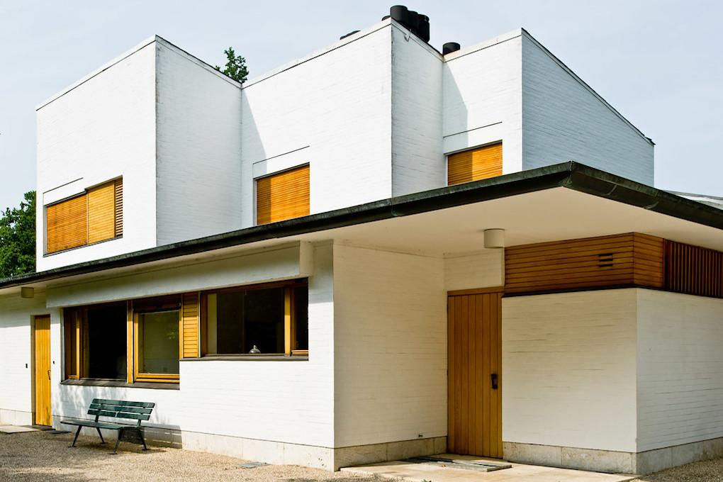 rénovation_maison_blanche_volets_bois