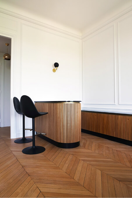 appartement_haussmanien_bar_banc_parquet_bois