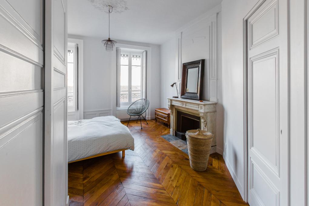 rénovation-chambre-parquet-point-hongrie-lyon