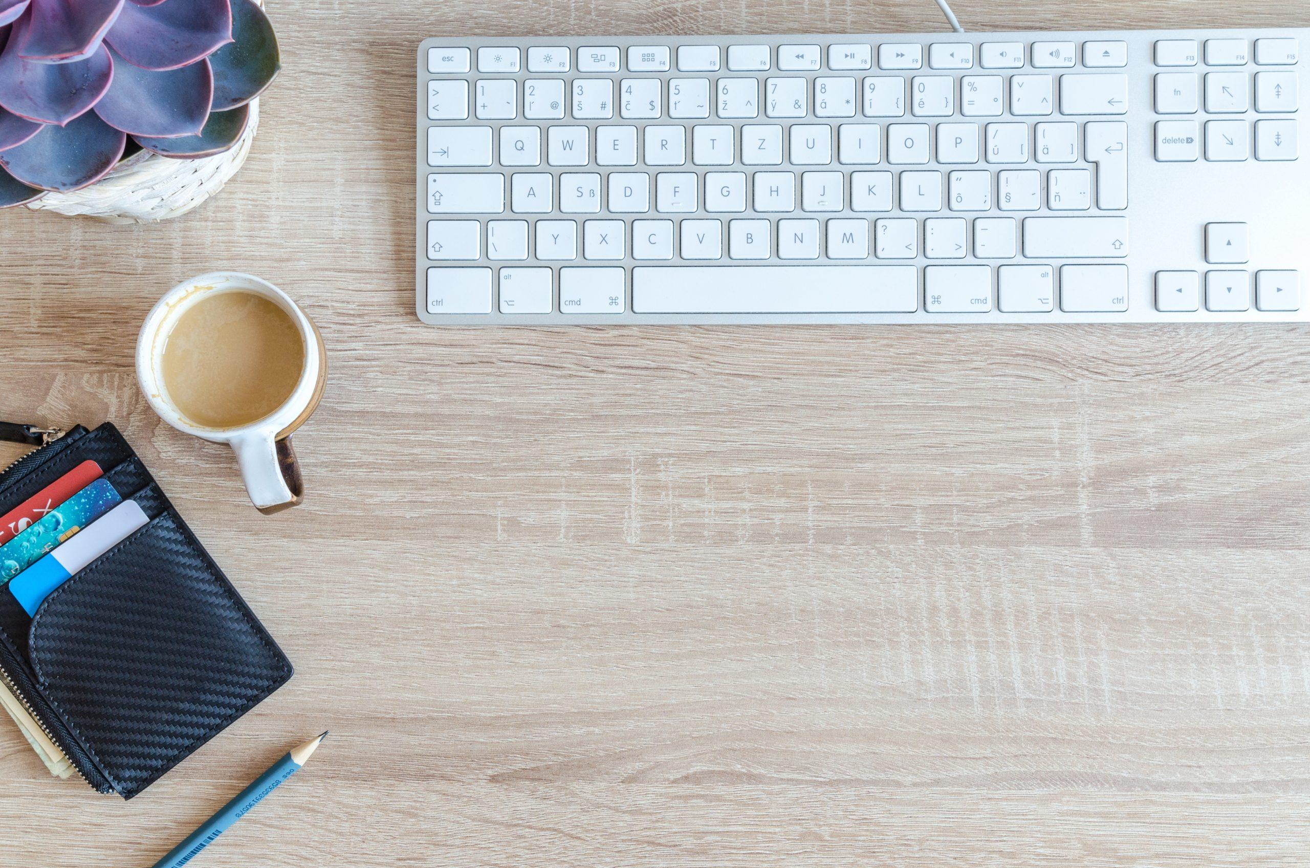Voyages d'affaires : en agence ou sur internet ? - Okarito