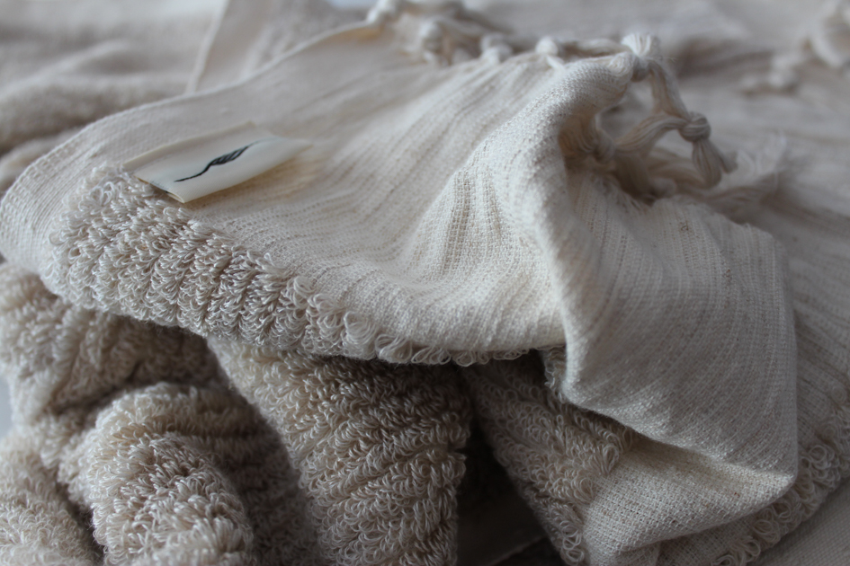 Linen, thick-looped towel