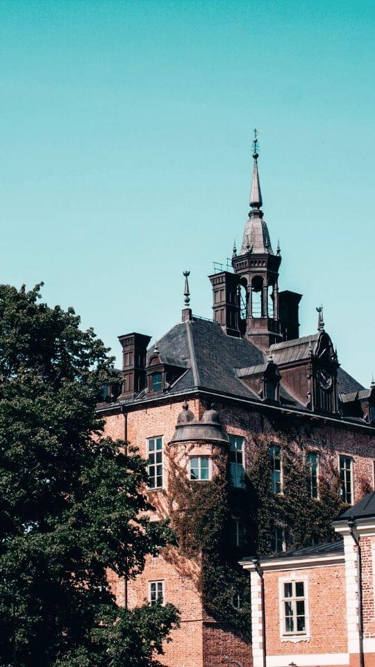 Done kommer till vackra universitetsstaden Uppsala.