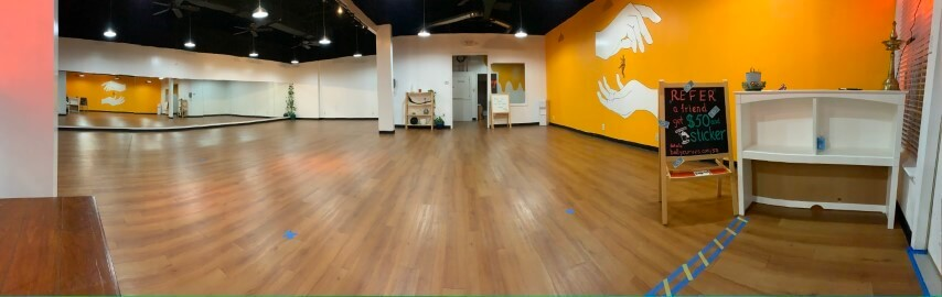 bollycurves studio space for rent