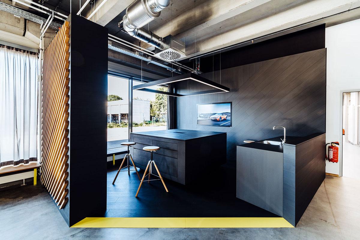 NewOrderDesignStudio_Munich_BMW_Additive_Manufacturing_Campus_kitchen_integrated Technology