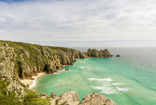 SUITCASE MAGAZINE'S FAVOURITE UK ROAD TRIPS FOR 2019