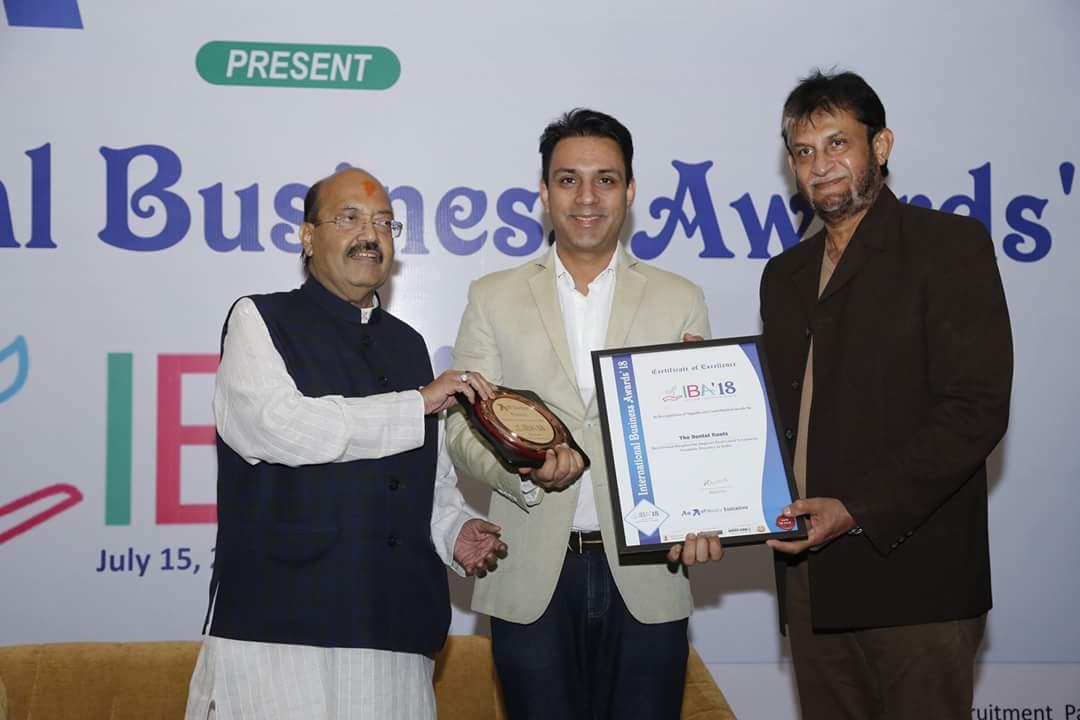 Dr. Dheeraj Setia Present awards