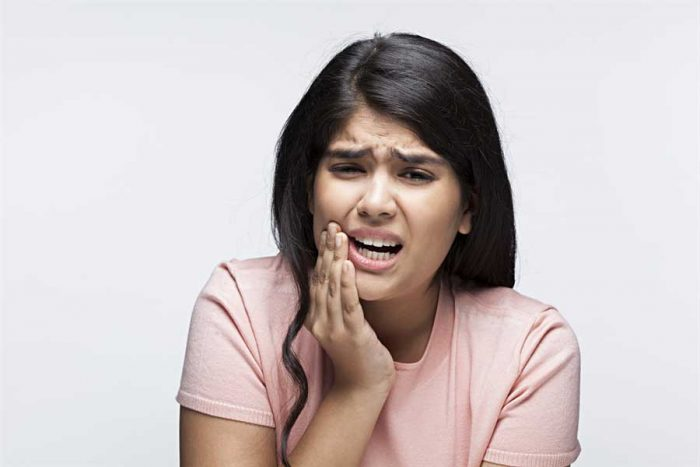 POOR HABITS THAT CAN BE HARMFUL TO YOUR TEETH