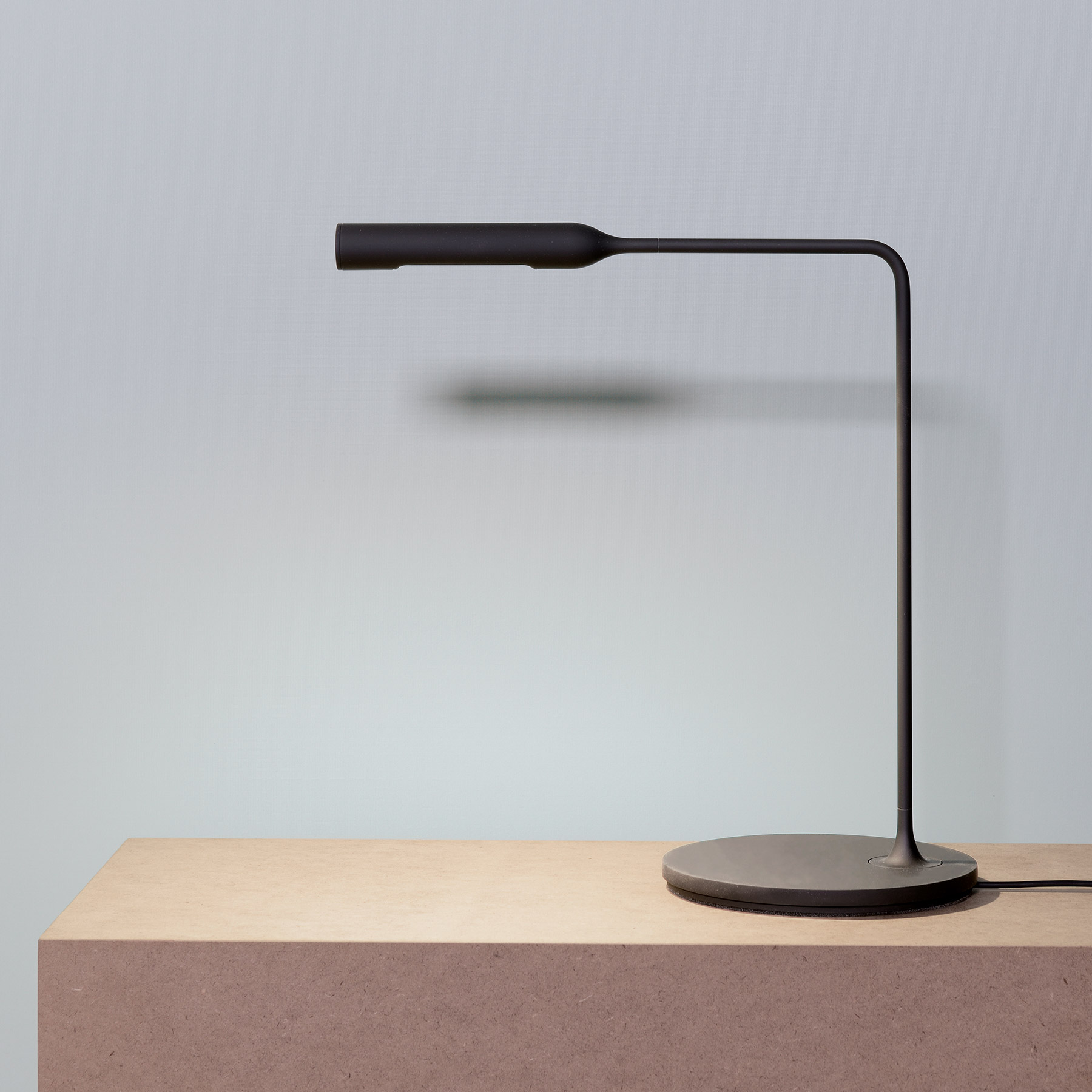 Flo black desk lamp by Lumina