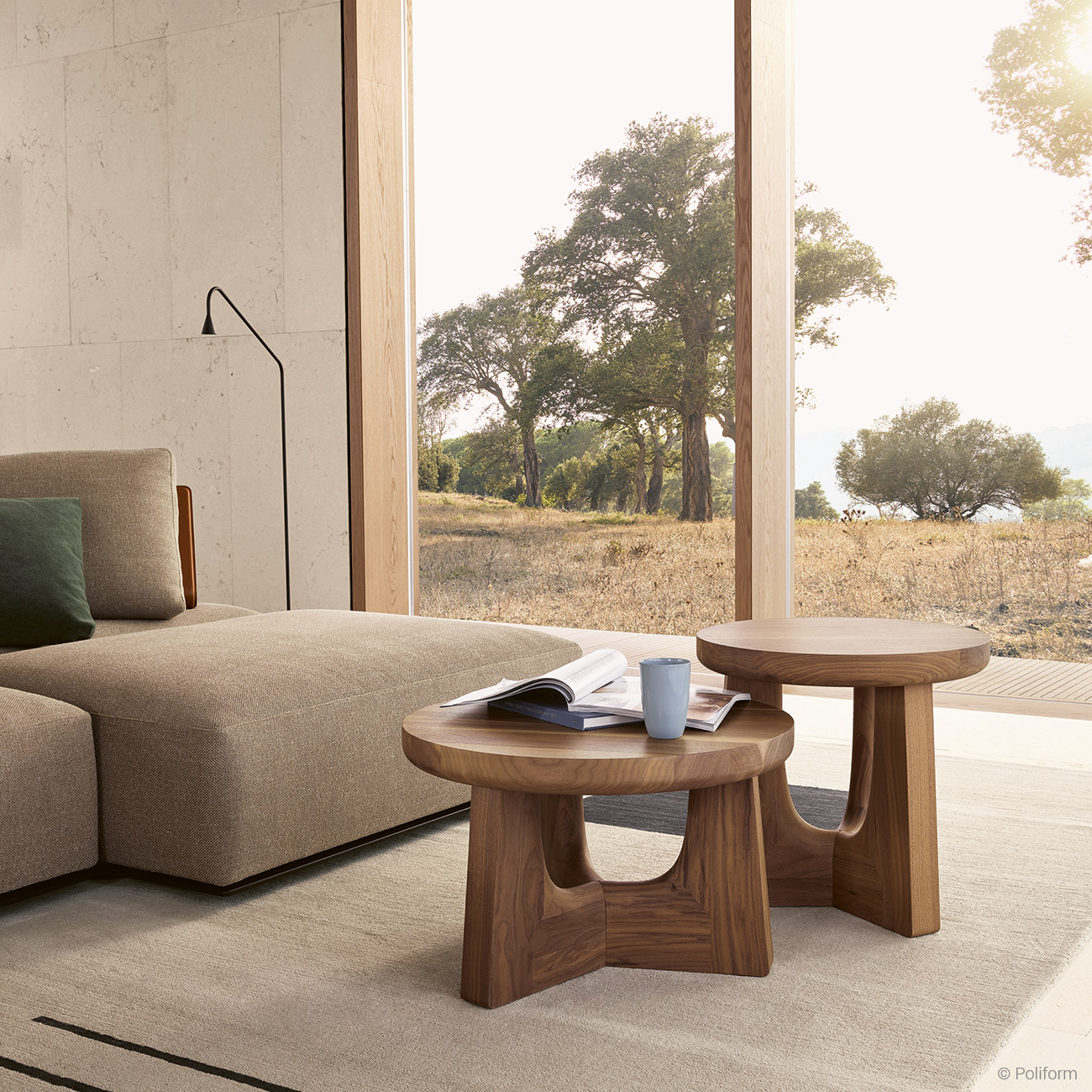 Minimal luxury living room interior by Poliform