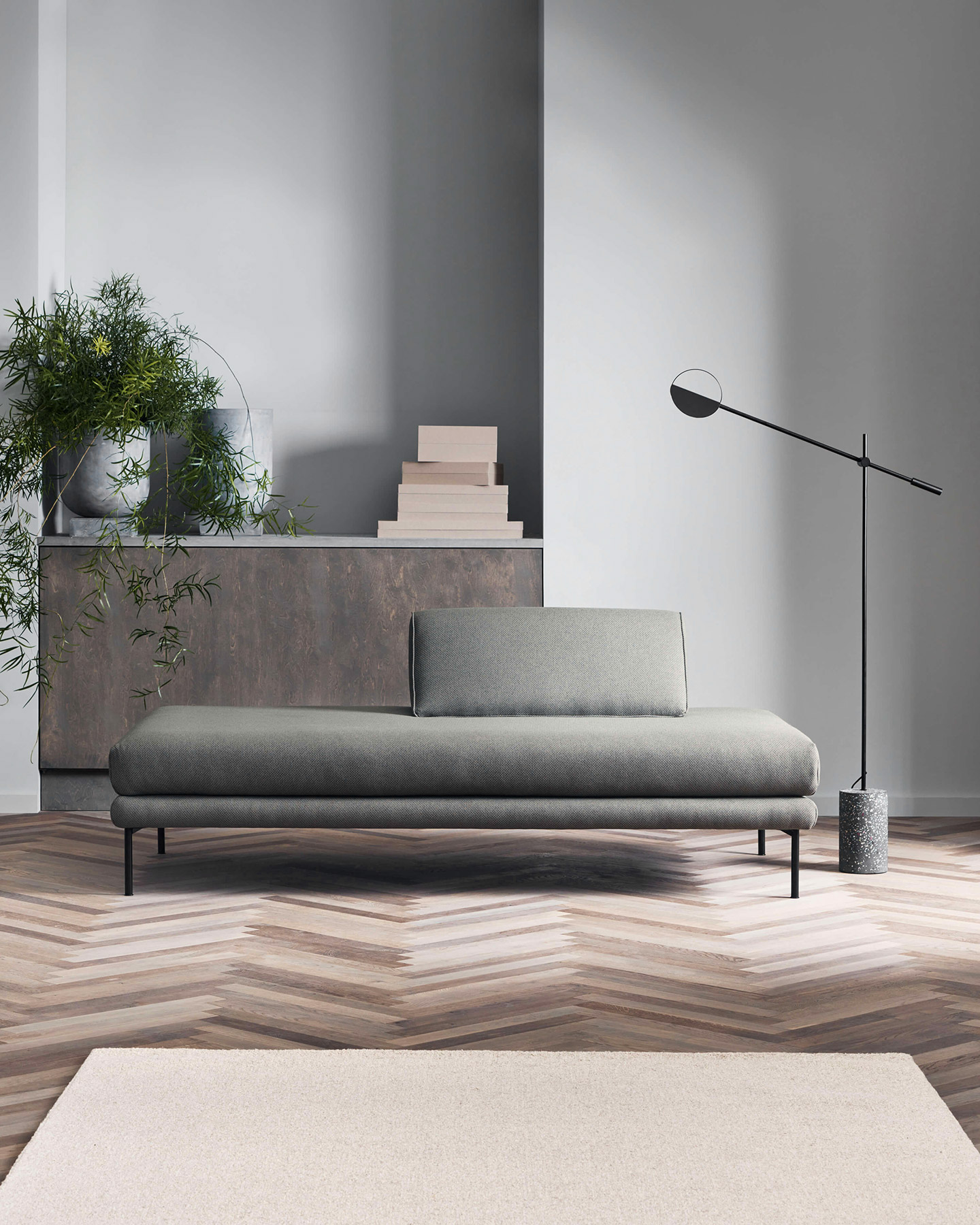 Jerome daybed by Bolia in grey green fabric