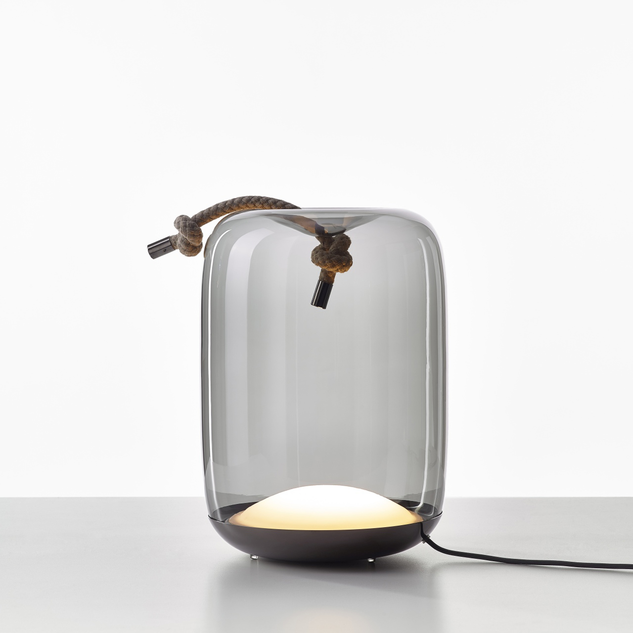 Knot table lamp by Brokis