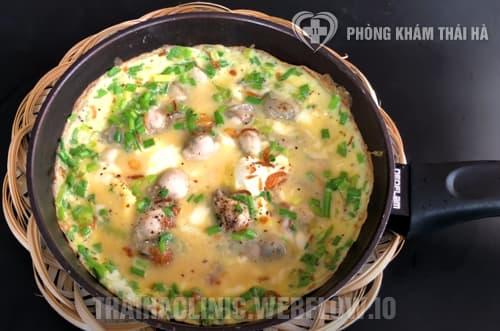Món Hàu chiên trứng gà