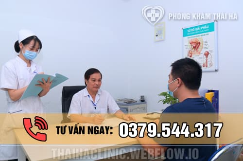 Bác sĩ phòng khám Thái Hà tư vấn khám viêm bao quy đầu cho bệnh nhân