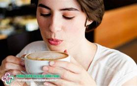 [Giải Đáp] Uống cà phê có làm ngưng kinh nguyệt không?