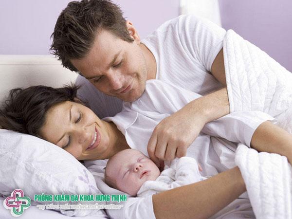 Phụ nữ sau khi sinh mổ bao lâu thì quan hệ được?