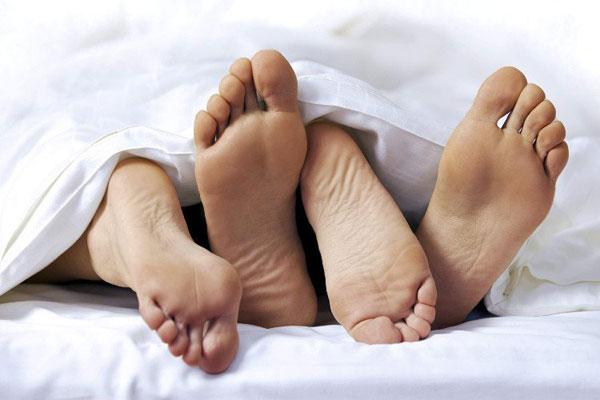 Mắc bệnh lây truyền qua đường tình dục có ảnh hưởng đến khí hư