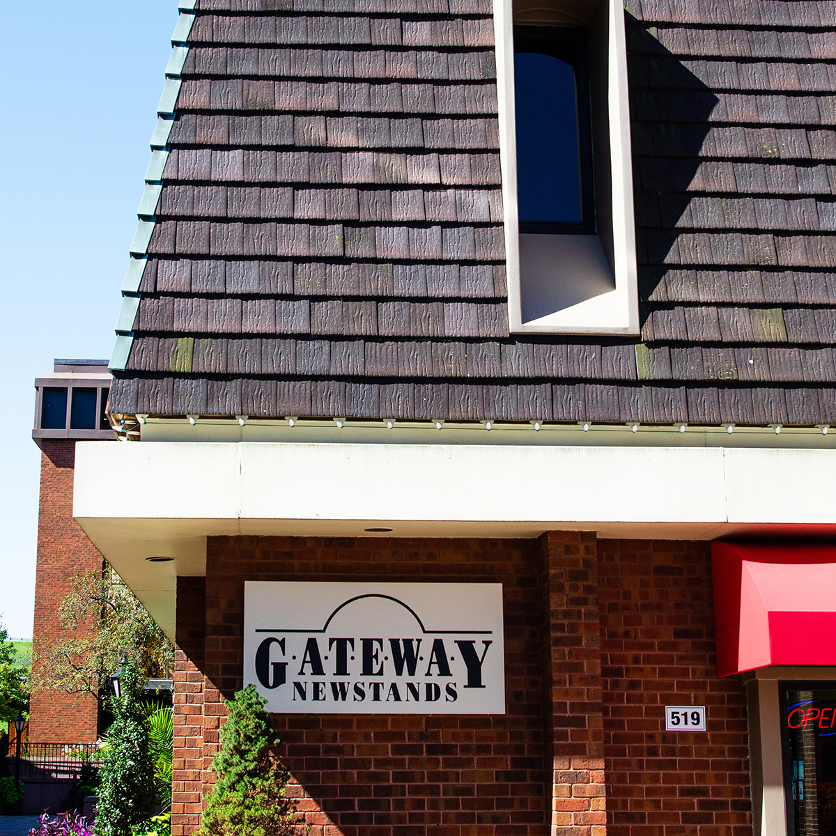 Gateway Newsstands Westport Plaza