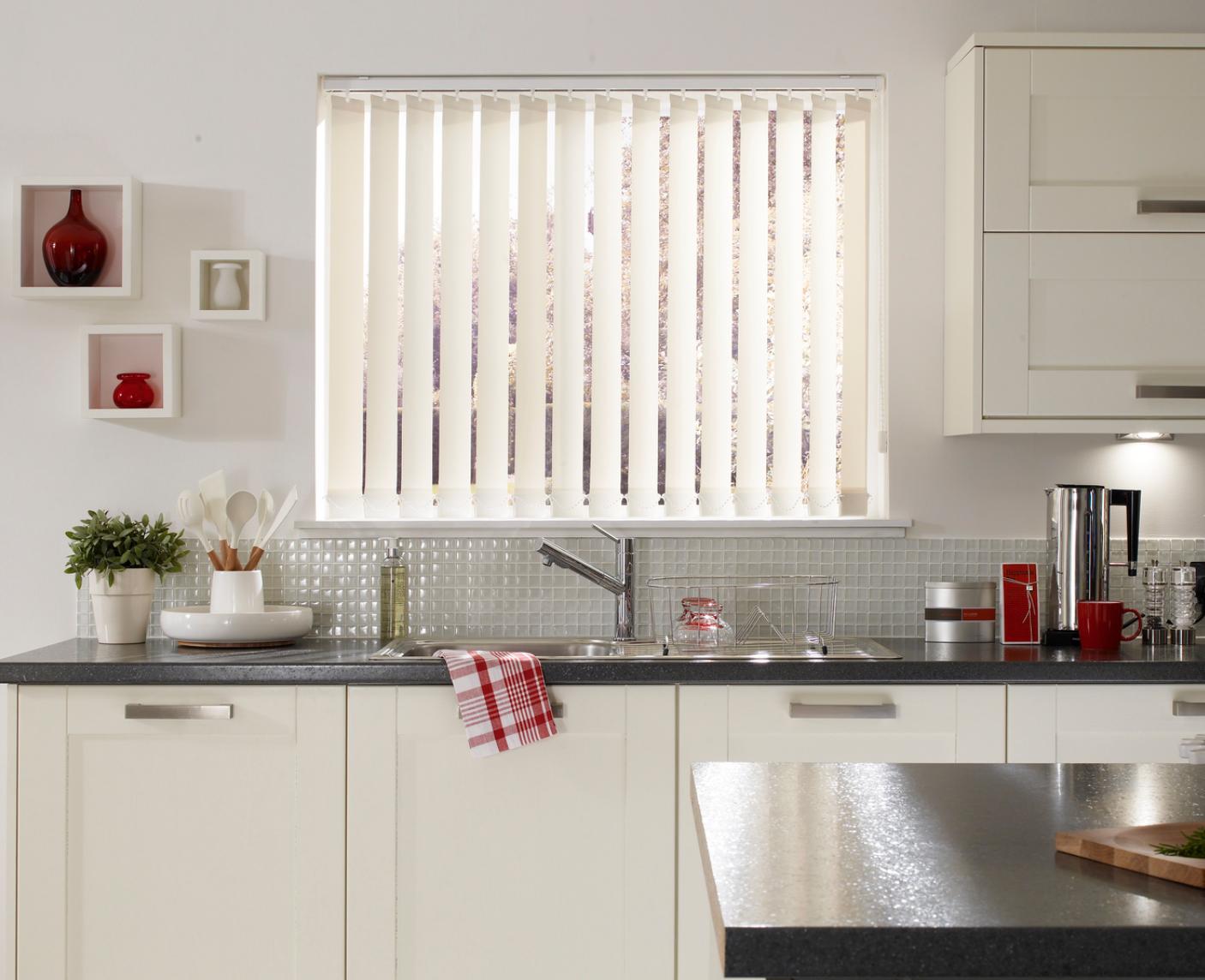 9 Kitchen window blind ideas  Luna Blinds Nottingham