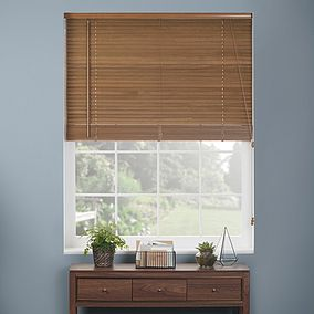 Light oak wooden venetian blind fitted accurately