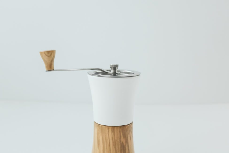 Hario ceramic and wood grinder-2