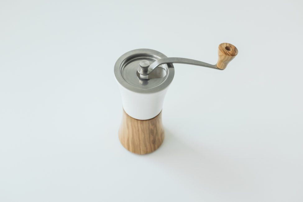 Hario ceramic and wood grinder-3