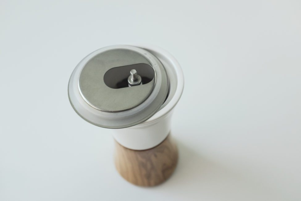 Hario ceramic and wood grinder-15