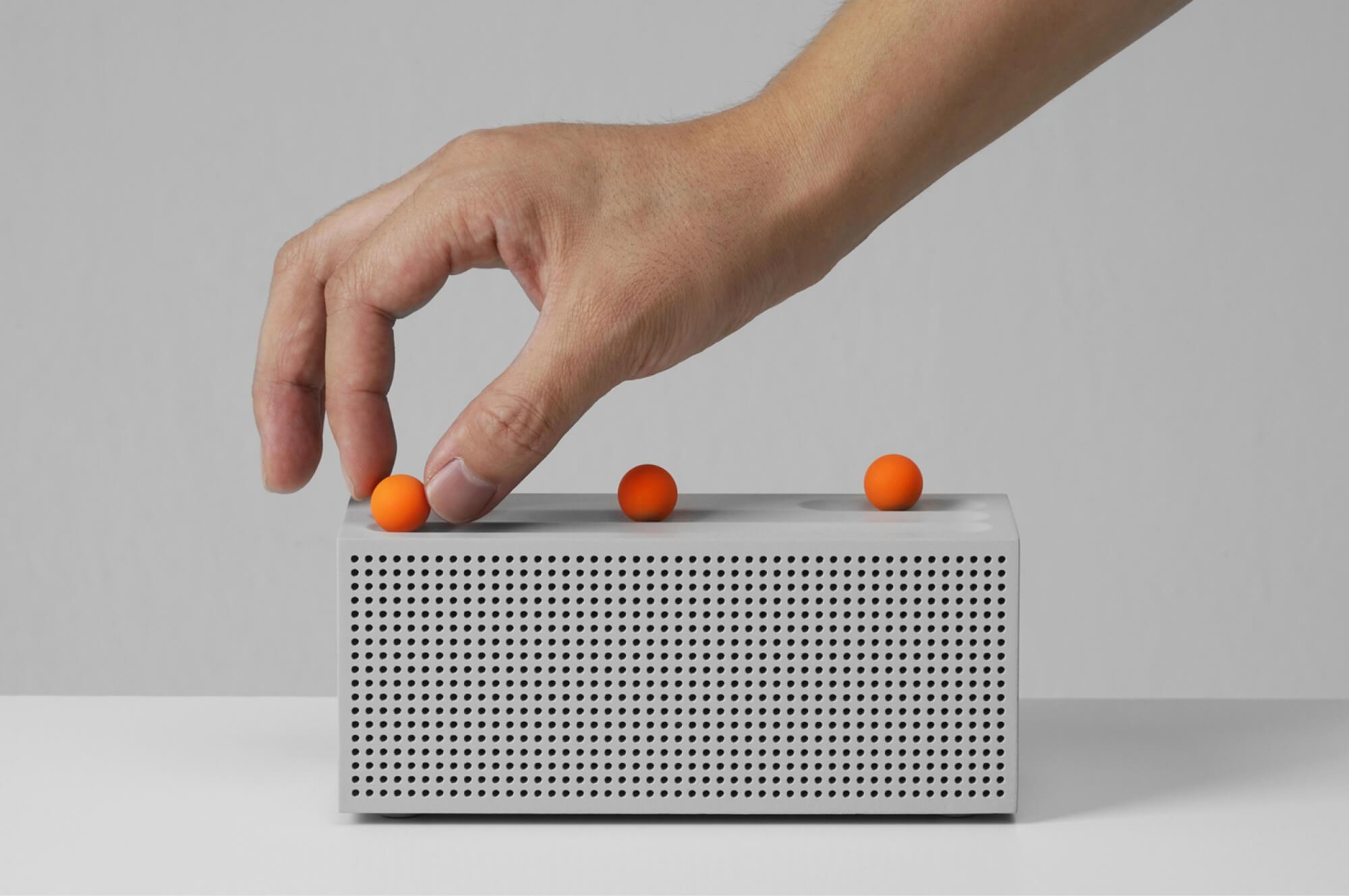 Ball internet radio