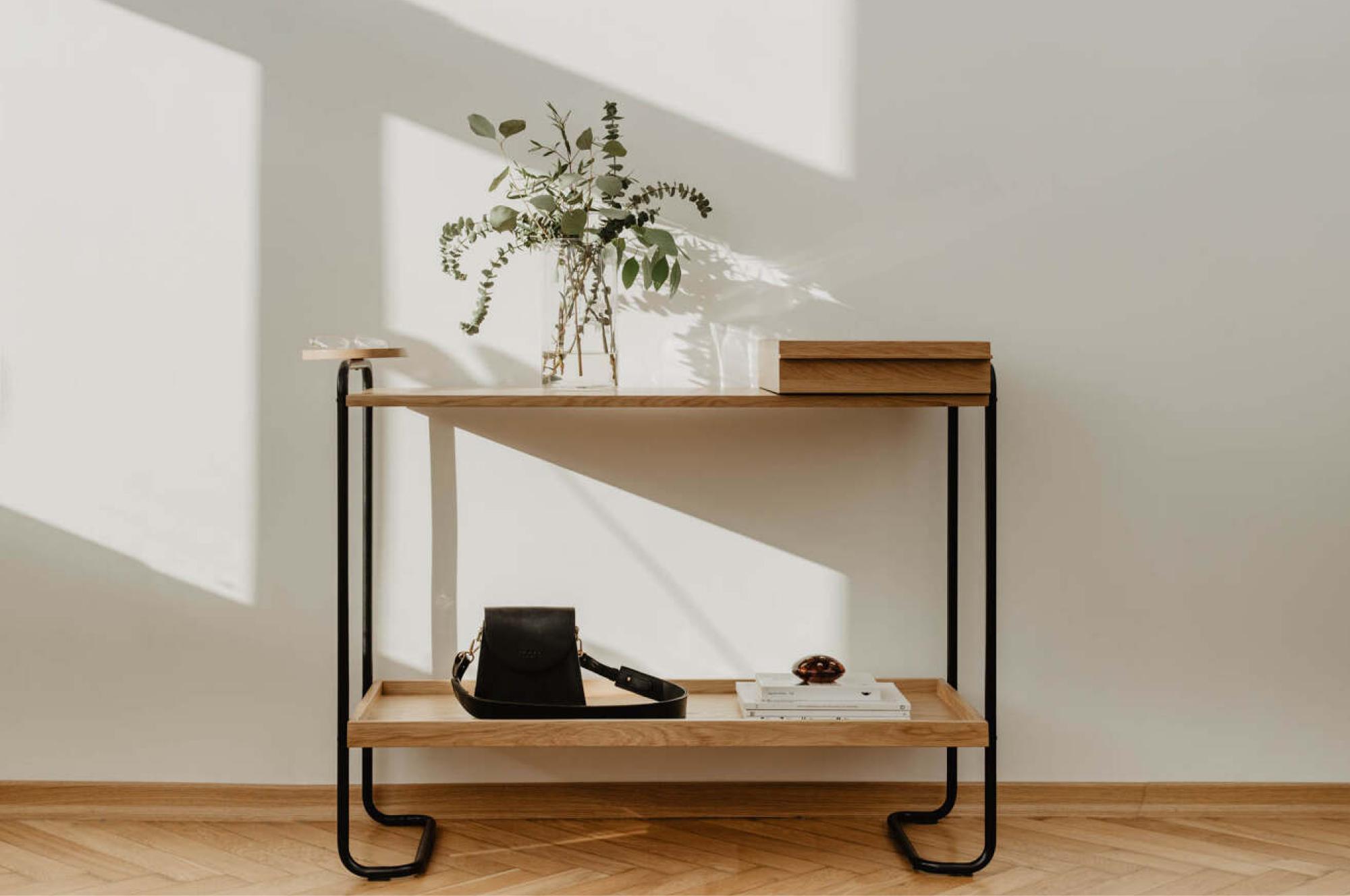 Hal - the minimal hallway table