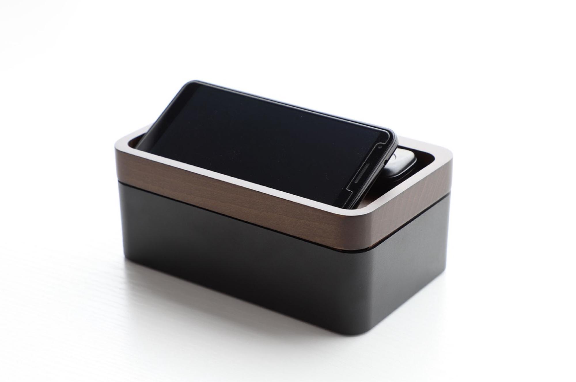 Revov Traybox — Simple storage