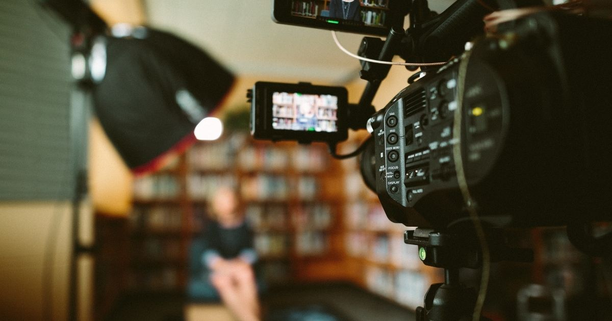 """Meranda Vieyra Shares """"The Ultimate Guide for Incorporating Video into Your Small Law Firm Marketing Mix"""" in the Martindale-Avvo Blog"""