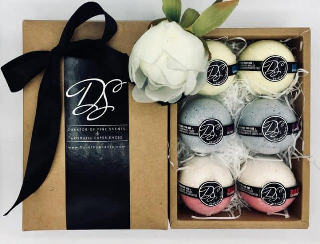 Lifelong Learning - Aromatic bath bombs from Dorothy Scents