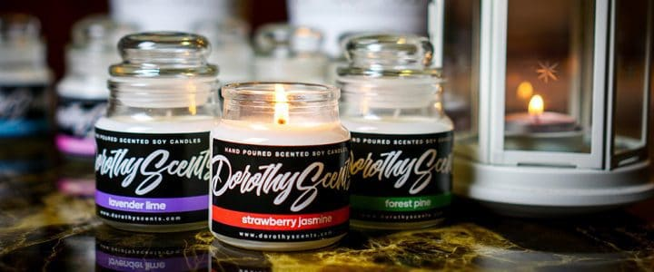 Dorothy Scents hand-poured scented soy candles, made of pure 100% essential oils