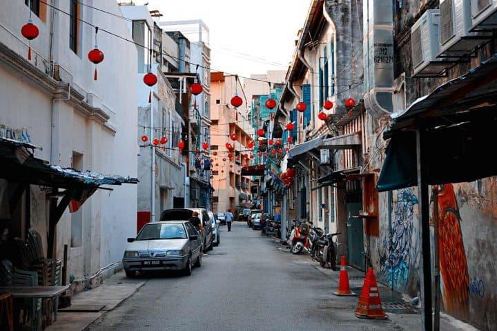 alley of petaling street in kuala lumpur