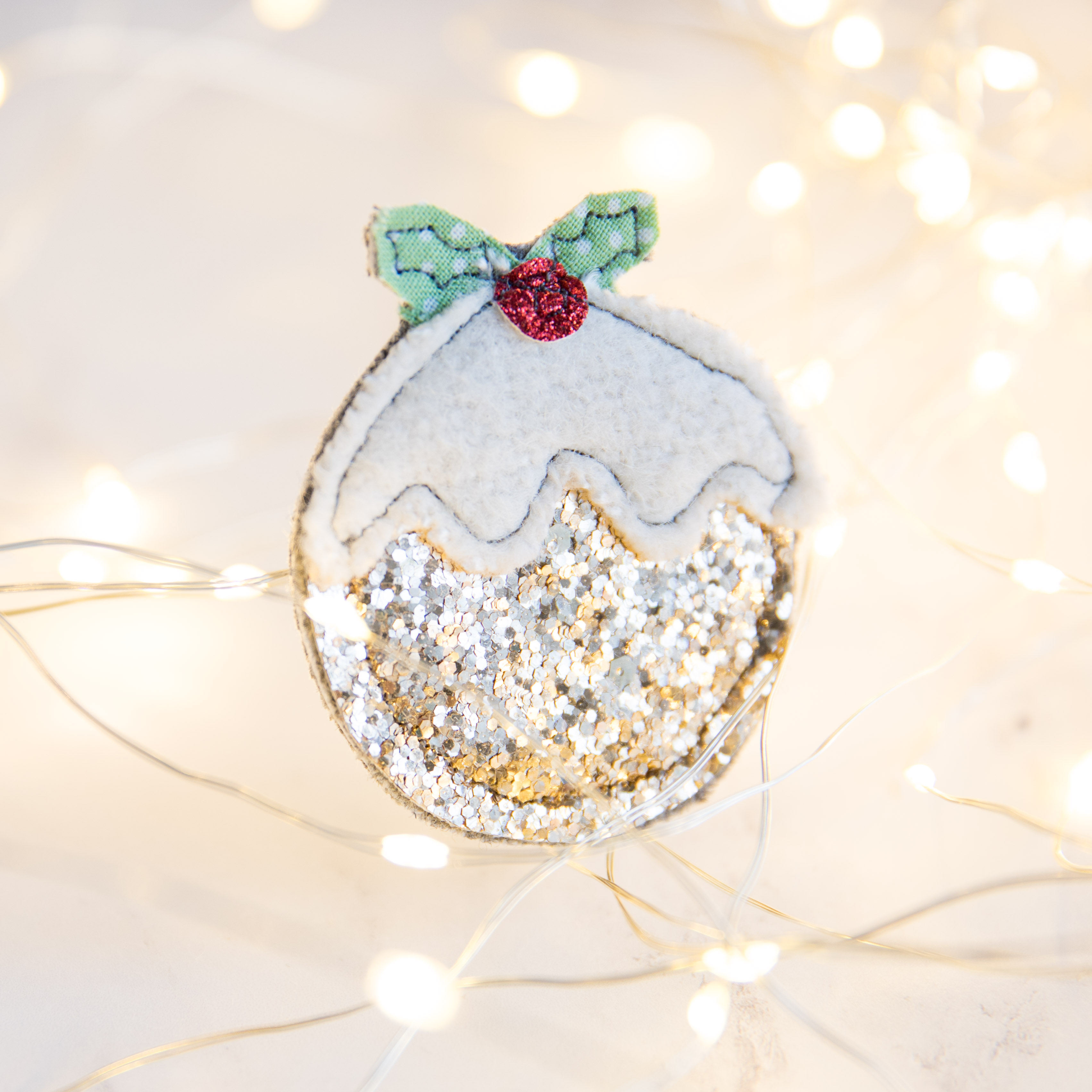 Christmas pudding brooches