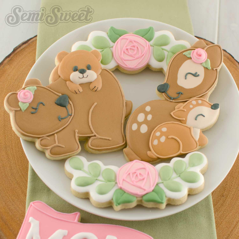 mama bear cookie and mama deer cookie