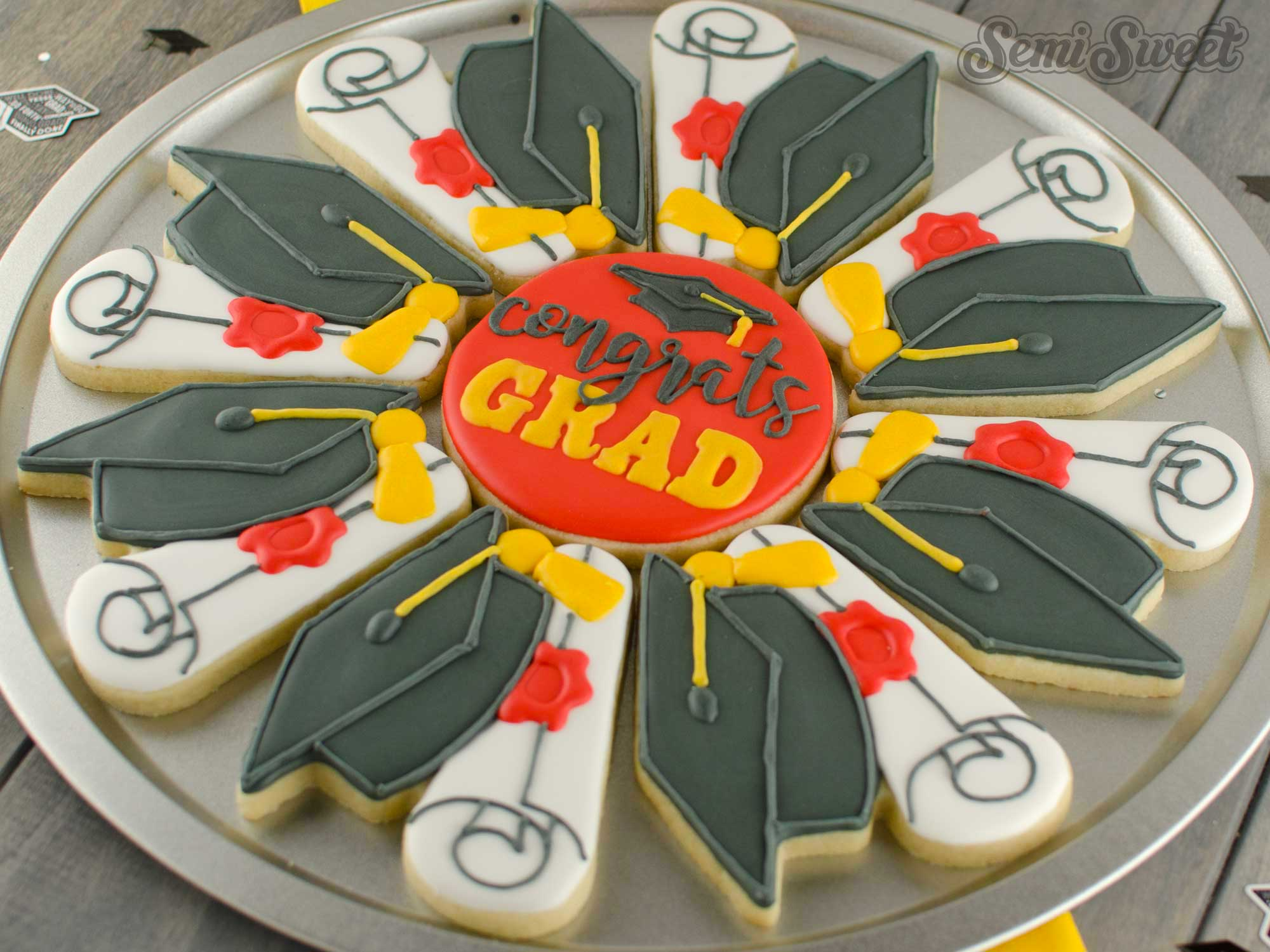 How to Make a Graduation Cookie Platter by SemiSweetDesigns.com