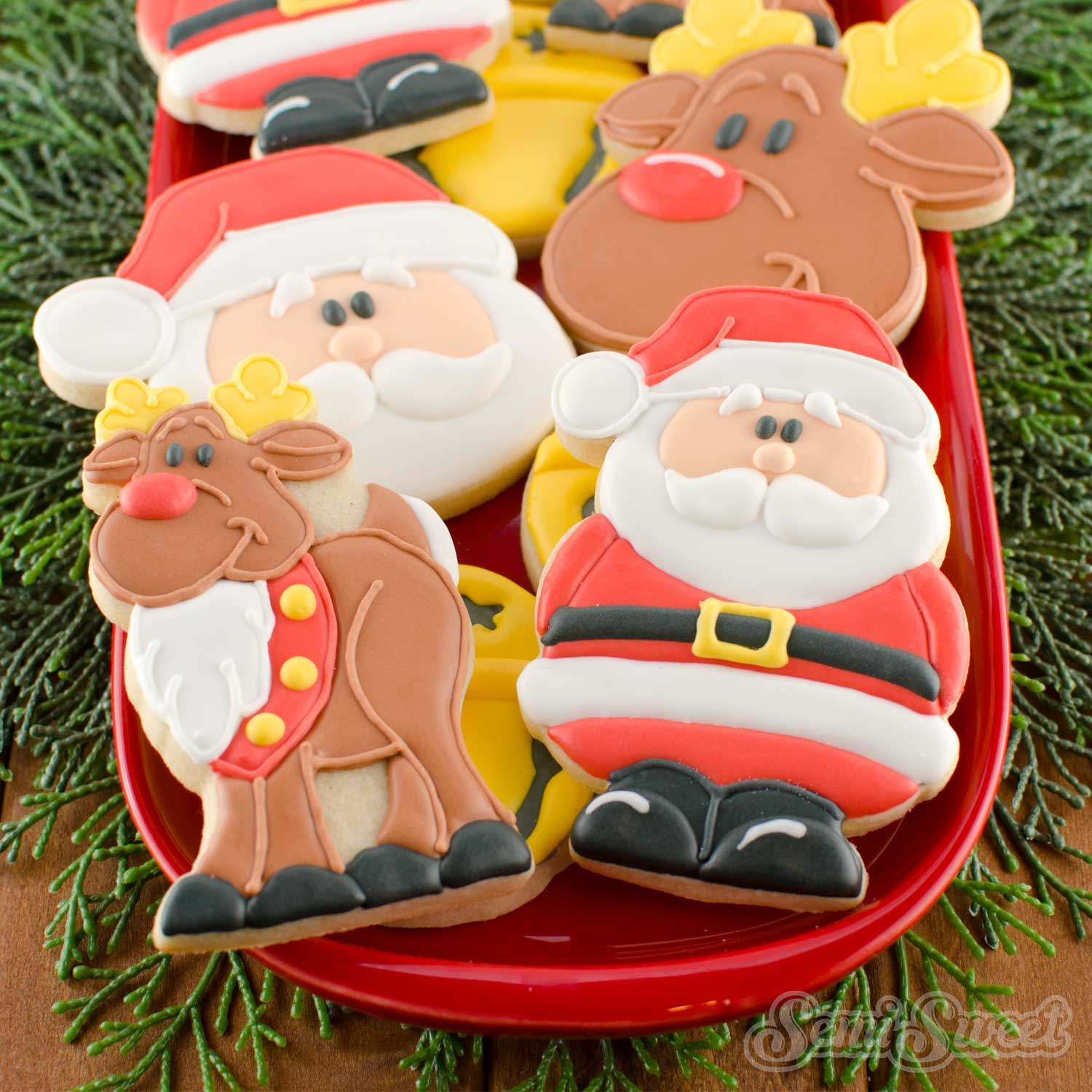 How to Make Santa Claus Cookies by SemiSweetDesigns.com