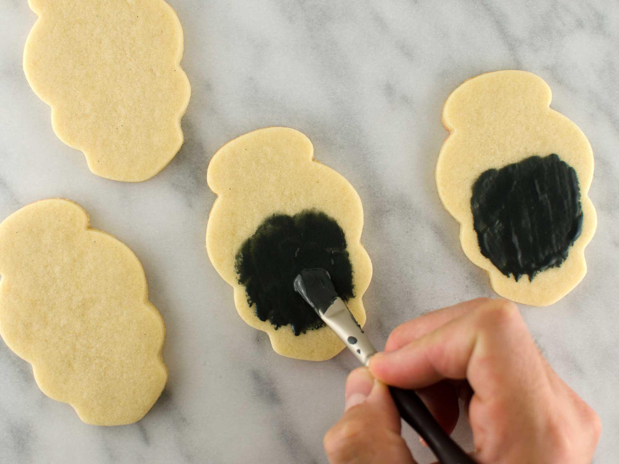 skull girl cookies step 1