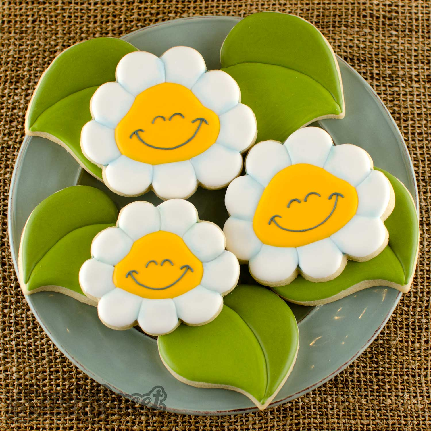 smiling daisy cookies by Semi Sweet Designs