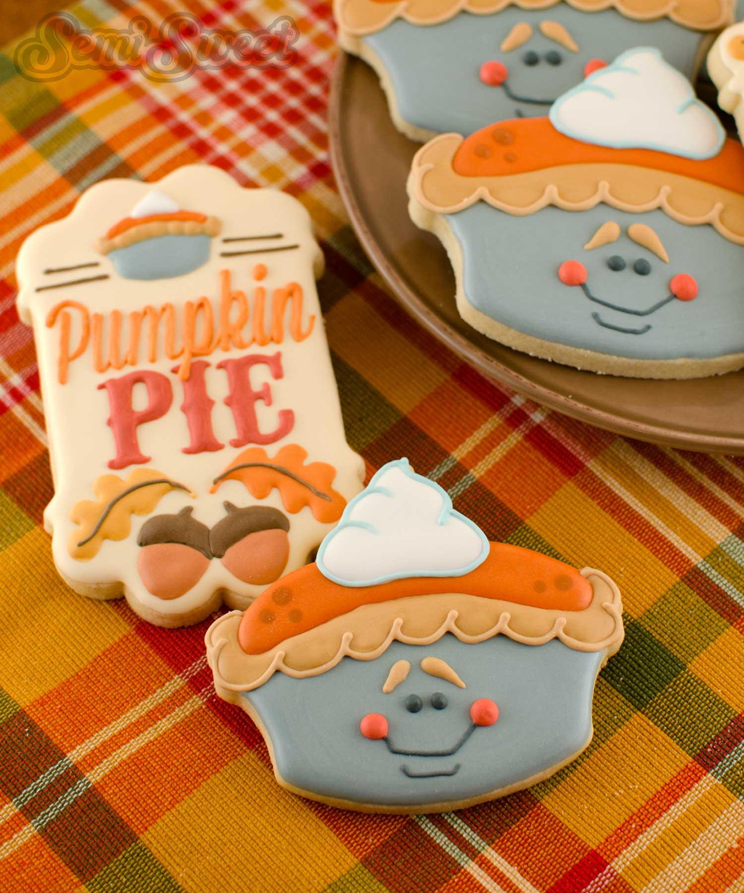 How to Make Pumpkin Pie Cookies by Semi Sweet Designs