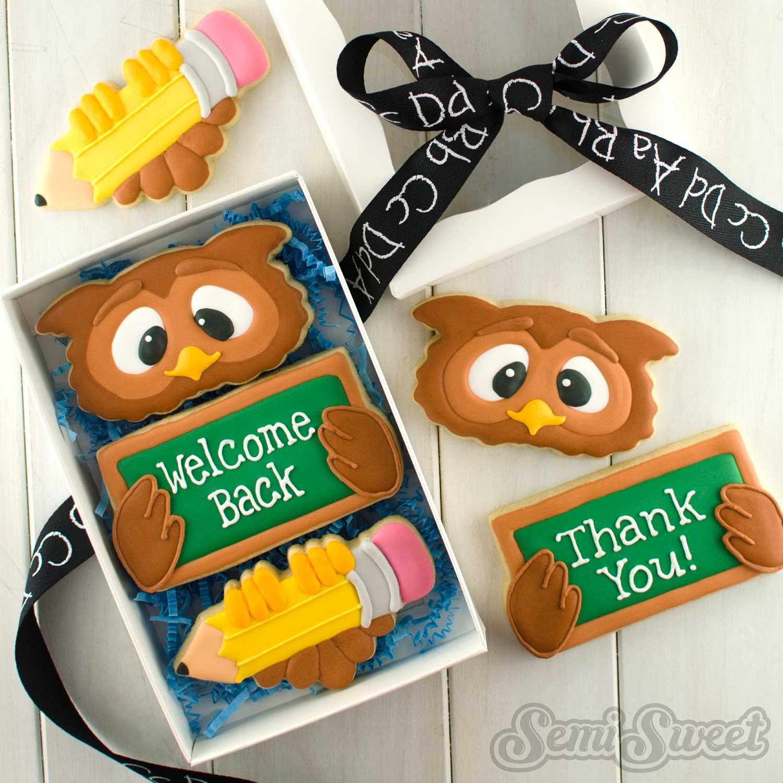School Owl Cookie Set