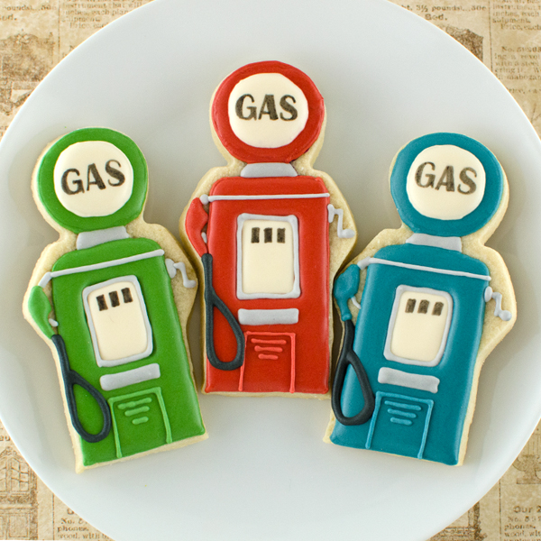 Father's Day Cookies- Vintage Gas Pumps Tutorial