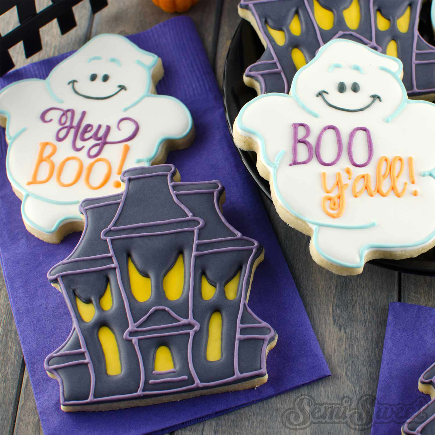 How to Make Haunted House Cookies