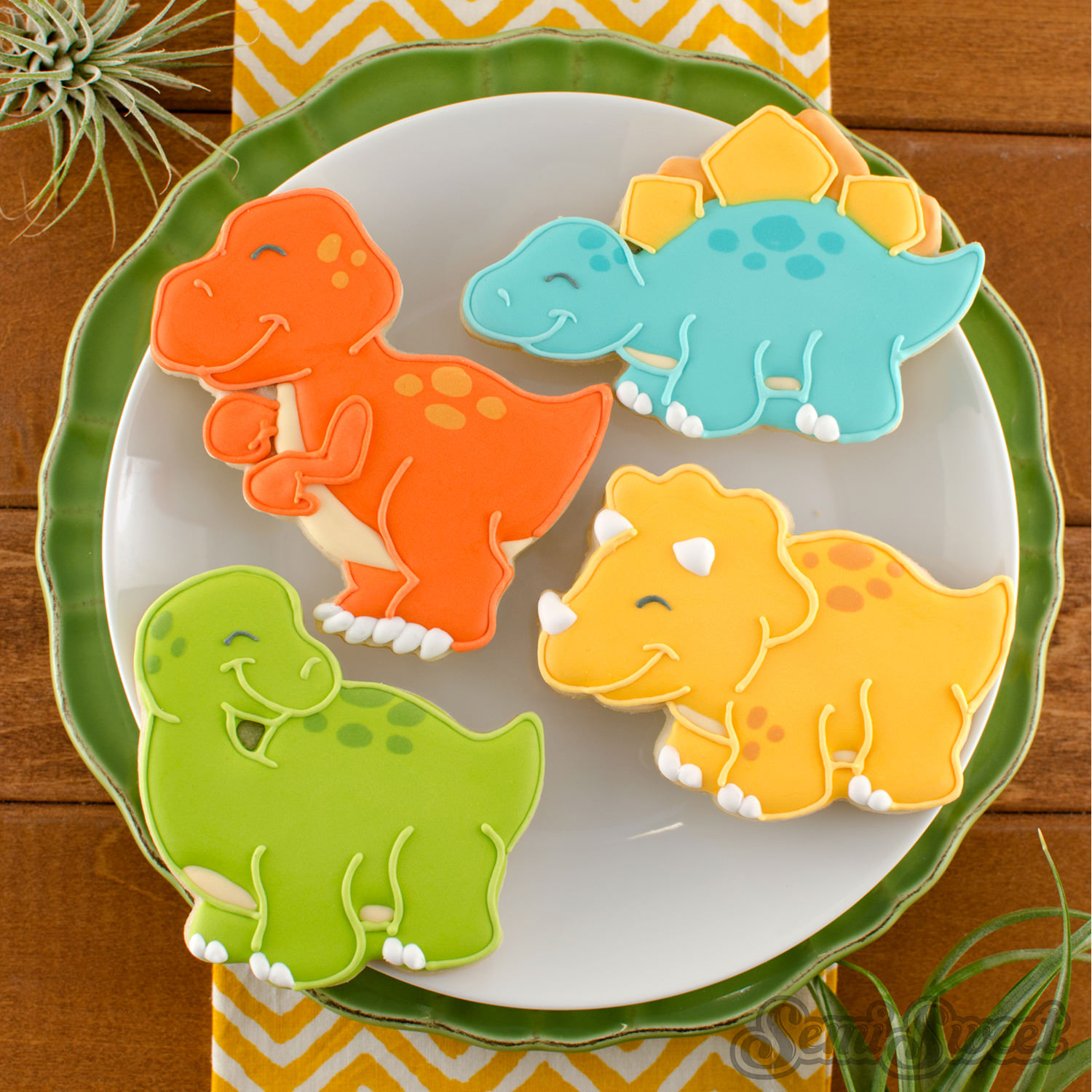 How to Make T-Rex Dinosaur Cookies