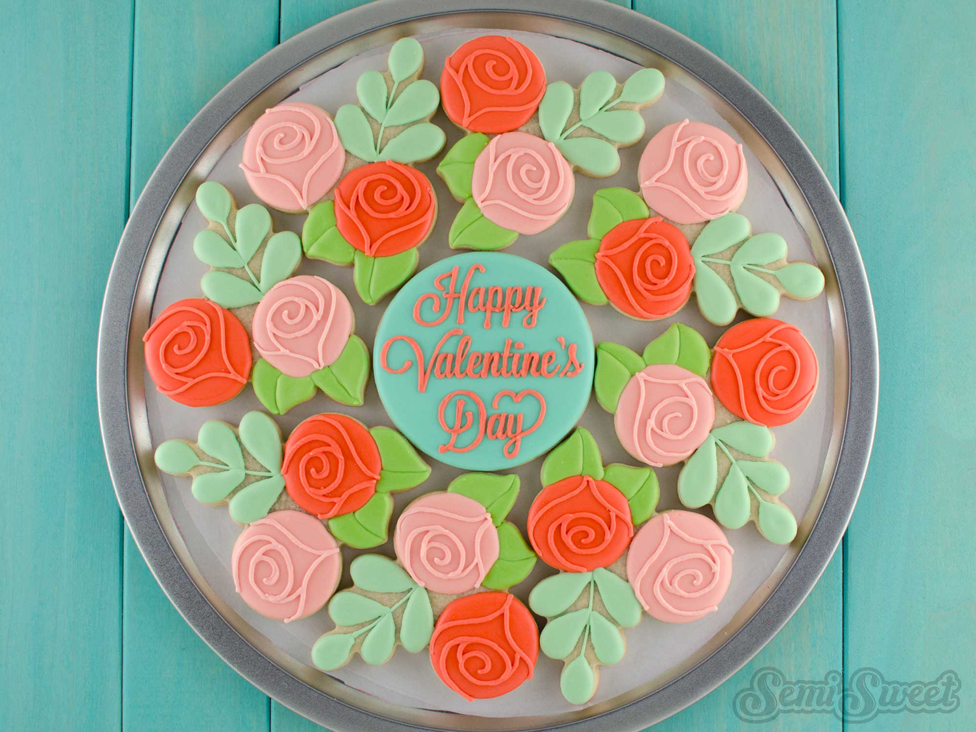How To Make A Floral Wreath Cookie Platter