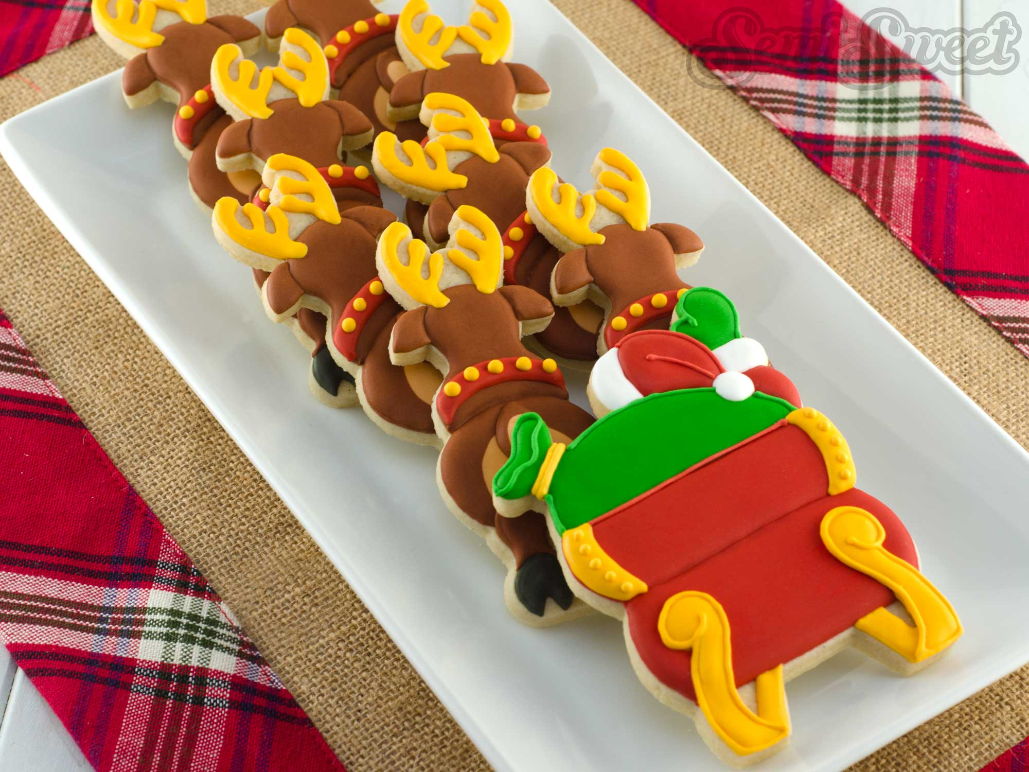 How to Make a Santa in Flight Cookie Platter