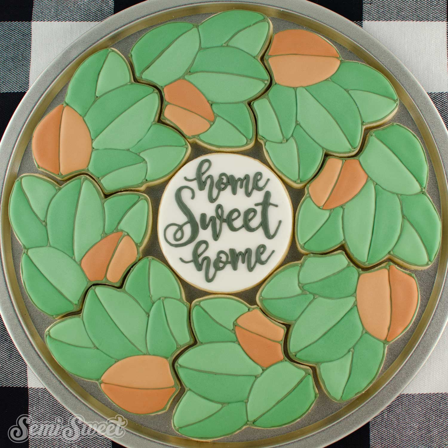 How to Make a Magnolia Wreath Cookie Platter