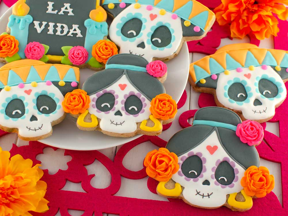 How to Make Day of the Dead Skull Cookies
